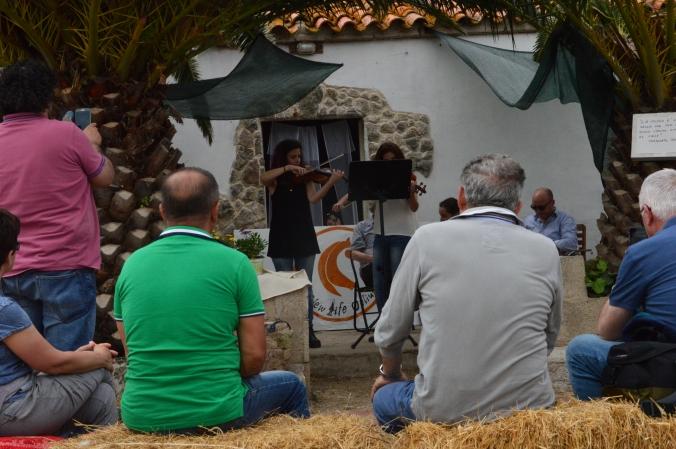 I violini di Anna Vilardi e Roberta Dore